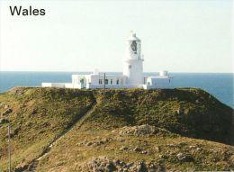 1 AK * Wales * Insel St. Michael Mit Dem Leuchtturm Strumble Head – In Pembrokeshire Eine Traditionelle Grafschaft - Galles