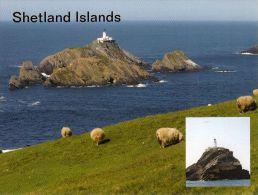 1 AK * Scotland * Insel Muckle Flugga Mit Leuchtturm – Die Insel Gehört Zu Den Shetland Islands - Shetland