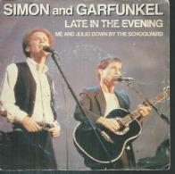 "45 Tours SP -   SIMON & GARFUNKEL  - GEFFEN 2498  "" LATE IN THE EVENING "" + 1 - Vinyles"