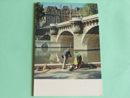 """ALBERT MONIER - PARIS , """" Un Dimanche Au Pont Neuf """". - Photographs"""