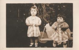 CARTE - PHOTO -  Année 1930-1935 - Groupes D'enfants & Familles