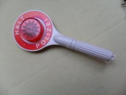 DECAPSULEUR  HALT POLIZEI  ( 15cm ) - Tire-Bouchons/Décapsuleurs