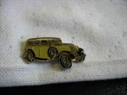 Pin´s Citroën Rosalie - Citroën