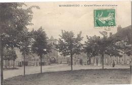 Cpa - Wormhoudt - Grand'place Et Calvaire ( En L'état ) - France