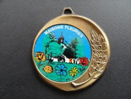 Médaille Maisons Fleuries - 59 Grammes - 70 Mm - Firma's