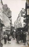 PARIS LE MARCHE DE LA RUE MOUFFETARD 75005 - Arrondissement: 05