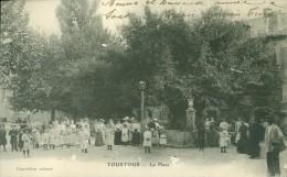 83 - Tourtour - La Place , Très Belle Annimation - France