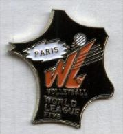 Pin´s Volley Volley-ball Paris Carte De France - Volleyball