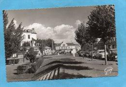 Saint Cyr L'école-place De La Républiqueéditions Lapie-a Voyagé En 1959 - St. Cyr L'Ecole