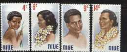 NIUE 1971 MNH Stamps Portraits 120-123 # 2138 - Niue