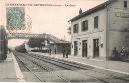 Carte Postale Ancienne De LE CHATELET SUR RETOURNE - France