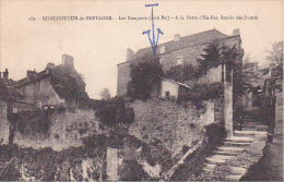 22104 MONCONTOUR DE BRETAGNE LES REMPARTS COTE EST A LA PORTE D EN BAS RUELLE DES DAME -189 Ed ?