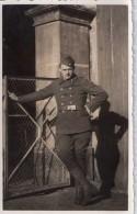 Photo Cpa  De Militaire En Tenue, Allemand ?,  (30.16) - Guerre, Militaire