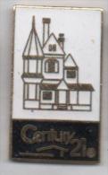 Superbe Pin´s En EGF , Century 21 , Immobilier - Pin