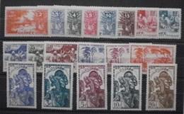 Guinée:Série Entre N°125/146 MLH * TB - Unused Stamps