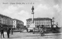 [DC6932] VERCELLI - PIAZZA TORINO - MONUMENTO A VITTORIO EMANUELE II - Viaggiata - Old Postcard - Vercelli