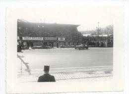 Course Automobile - Trintignant Sur Simca Sur Le Circuit - Photo - Grand Prix / F1