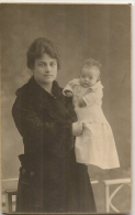 FOTOGRAFIA  - ESPAÑA - Madre Con Niño - Foto De Galeria Fotográfica De GRANDES ALMACENES EL SIGLO - BARCELONA - - Autres