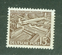 Berlin     Yvert  34  Ou Michel  48  * *   TB - Neufs