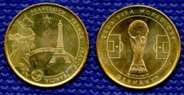Medal FRANCIA Football Soccer FIFA  World Cup 2006 Germany. # 2461. - Habillement, Souvenirs & Autres