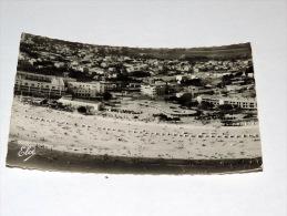 Carte Postale Ancienne : ROYAN : Vue Aérienne De La Grande Plage , Au Fond La Poste En 1956 - Royan