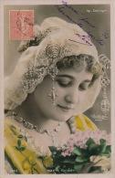 FEMMES - FRAU - LADY - SPECTACLE - ARTISTES - Jolie Carte Fantaisie Portrait Femme Artiste MARIE THIERY - OPERA COMIQUE - Femmes