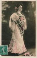 FEMMES - FRAU - LADY - SPECTACLE - ARTISTES - Jolie Carte Fantaisie Portrait Femme Artiste Danseuse SYLVA - Femmes
