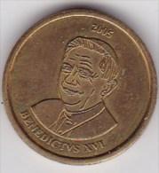 10  - BENEDICTVS -  2005 - Essai - Vatican