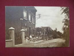 Loverval : Café De La Belle-vue - Jardin D'agrément (L2033) - Gerpinnes