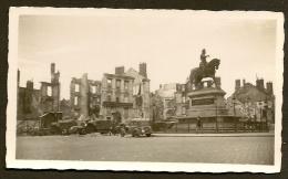 ORLEANS Bombardé Militaria WW2 Place Du Martroi Loiret (45) - Photos