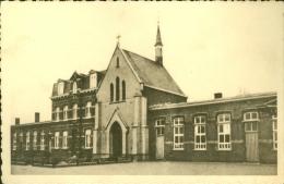 Iseghem (Izegem)  : Klooster En School Van De H. Familie - Izegem