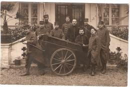 Guerre 1914-18 Carte Photo  Militaires Avec  Charrette Inscrit Poste - Guerre, Militaire