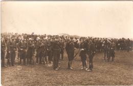 Guerre 1914-18 Carte Photo  Militaires Sur Le Départ - Guerre, Militaire