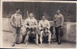 Fotokaart Carte Photo Caserne Namur ? 1930 Soldaat Soldaten Militair Militairen - Namur