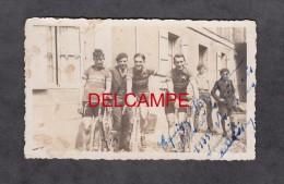 Photo Ancienne - FIGEAC ( Lot ) - Cyclistes De L'équipe Helyett Du Vélo Club Figeacois - 1935 - Cyclisme