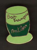 31996-Pin's Bar François à Antibes - Villes