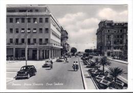 206/500 - PESCARA , Piazza Rinascita . Viaggiata Nel 1957 - Pescara