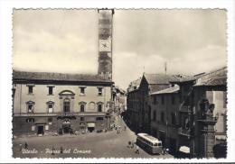 213/500 - VITERBO , Piazza Del Comune . Viaggiata - Viterbo
