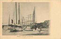 TAHITI - LE PORT DE PAPEETE - Tahiti