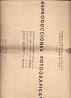 ALBUM DE REPRODUCCIONES FOTOGRAFICAS DE LAS DECORACIONES MURALES EXISTENTES ENLA ESCUELA MUSEO PEDRO DE MENDOZA EJECUTAD - Autographes