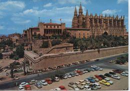 (MALL2846) PALMA DE MALLORCA. LA CATEDRAL. OLD CARS - Mallorca