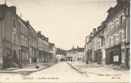 CHABLIS   -  La  Place  Du  Marché  /  Commerces  :  Lagoutte Coiffeur,   Bourellerie  Sellerie  Guillon - Chablis