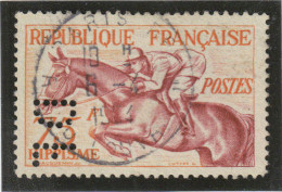 FRANCE N° 965 HIPPISME  PERFORE PERFIN DF 45 DORMEUIL FRERES CACHET CENTRE PARIS 6/4/1954 - France
