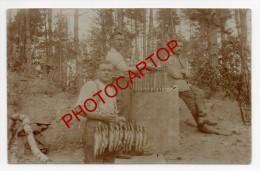 FUMAGE Du POISSON-Harengs-Truites-Soldats-Carte Photo Allemande-Guerre14-18-1WK-Militaria-Non Situee- - Oorlog 1914-18