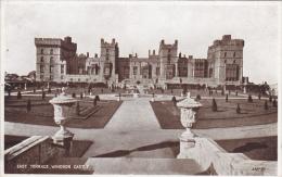 EUROPE,ROYAUME UNI,UNITED KINGDOM,BERKSHIRE,CHATEAU ,FORTERESSE MEDIEVAL,castle WINDSOR EN 1930
