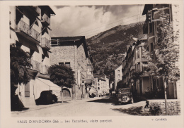 VALLS D´ANDORRA,ANDORRE,les Escaldes,apres Guerre,rue Du Village,voiture,traction, Habitants Du Village - Andorra
