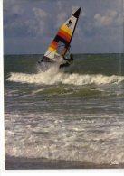 Sport..Planche à Voile..par Gros Temps..tempête..Windsurfing - Cartes Postales