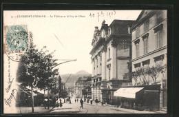 CPA Clermont-Ferrand, Le Théâtre Et Le Puy De Dôme - Clermont Ferrand