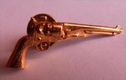 PIN'S REVOLVER ARMES ANCIENNES - Pin