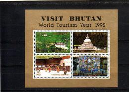 BHUTAN.  KM  695 POSTFRIS Z PLAKKER - Bhutan